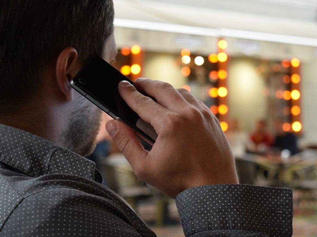 Anrufer geben sich als Mitarbeiter aus – Volksbank warnt vor Trickbetrügern
